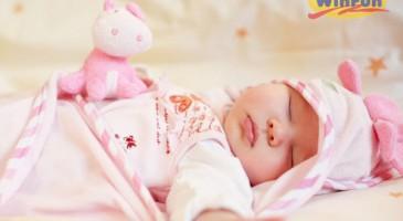 Đồ chơi cho trẻ sơ sinh 1 tháng tuổi